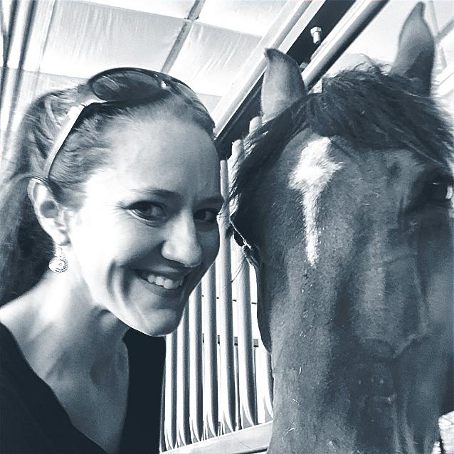 Amanda Kludasch headshot